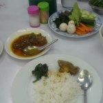 チキンカレーと野菜炒め