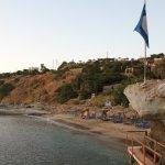 Photo de Aneroussa Beach Hotel