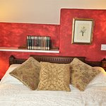 2nd floor double room with en-suite bath/shower room.  Stunning views of coast & countryside.
