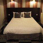 Photo de Hotel Le Charleston