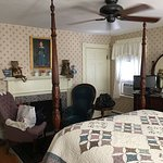 Beautiful B&B, Rebecca Nurse room, and delicious breakfast!