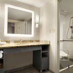1 Bedroom King Suite with Walk-In Shower