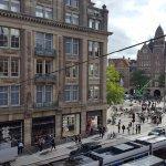 Photo de Hotel Amsterdam - De Roode Leeuw