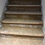 escalier pour monter aux chambres du deuxieme