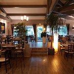 Hôtel des Alpes Greoux Les Bains restaurant et terrasse ombragée