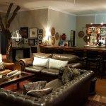 Salão de estar/TV e bar