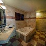 Baño de la Suite de Hospitalidad