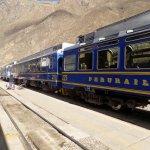 An Ollantaytambo-Aguascalientes (Machu Picchu) train, ready to leave
