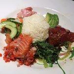 Poke Bowl (Ahi Poke – Lomi Lomi Salmon – Hamachi Tartare Namasu – Crispy Onions)