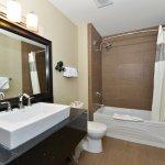 Zdjęcie Prestige Hotel Vernon