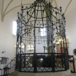 The center of the Synagogue.