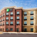 Welcome to Holiday Inn Express & Suites Charleston/Mount Pleasant!