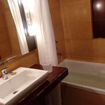 Washroom with Bath Tub. Room 403.