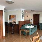 Heron Lodge - Living room