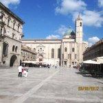 Palazzo dei capitani del popolo e fiancata della chiesa di S.Francesco