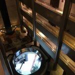 Entresuelo desde el ascensor panorámico