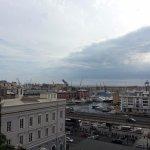 vista sul porto dal terrazzo del palazzo reale