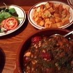 Guiso de Pollo con Pinones, Pimientos Verdes y Tomates(Chicken)