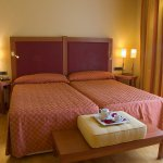 692663 Guest Room