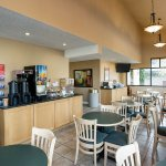 Photo de Econo Lodge Inn & Suites Bellingham