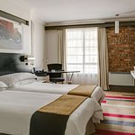 Foto de Protea Hotel by Marriott Cape Town Victoria Junction