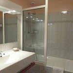 Salle de bains des chambres avec terrasse