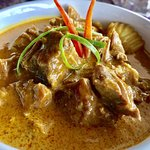 Kari Lamb slow cooked diced lamb with authentic Thai curry.