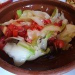 Ensalada de cebolla y tomate - Restaurant La Canal (Olot--Girona)