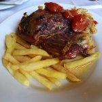 Carrilera de cerdo guisada - Restaurant La Canal (Olot--Girona)