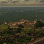A picture of Chandragiri taken from the top of Shravanabelagola