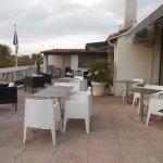 terrasse panoramique, avec vue imprenable sur Avignon