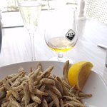 Fried smelt with Prosecco and Beer