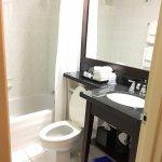 Room 589 interior double -- tiny bathroom