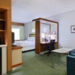 Photo de SpringHill Suites Pensacola