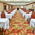 Foto de Holiday Inn Hotel Express & Suites West Hurst