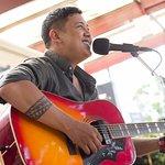 Noel Silva singing any request