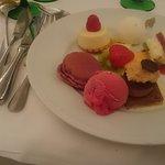 Assorment of desserts.