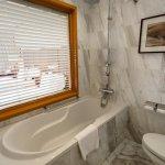 Twin Bed Room - Bathroom