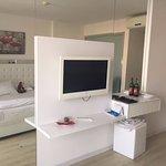 Photo de Le Bleu Hotel & Resort