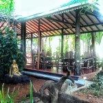 Eden Garden Hotel Foto