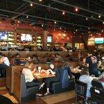 BJ's Restaurant & Brewhouse Foto
