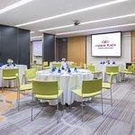 Sathorn Cluster Meeting Room