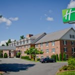 Photo of Holiday Inn Express Hotel And Suites Merrimack