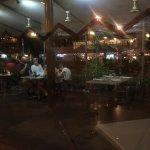 Indoor & outdoor dining options