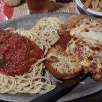 Chicken Parmesan with Speghetti
