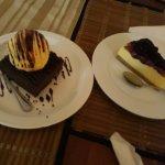 Cheese cake and chocolate brownie