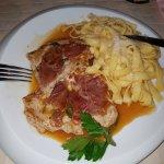 Saltimbocca vom Schwein mit Pasta