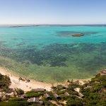 Le Babaomby Island Lodge face au Lagon vue du ciel !