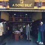 Foto de A Dong Silk Tailors