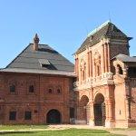 Палаты и ворота